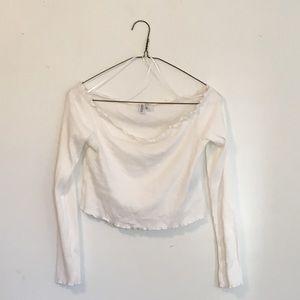 H&M Ruffled Long Sleeve Crop Top